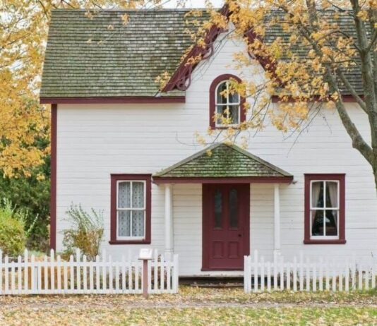How to Financially Prepare for Buying a House